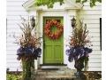 Fall-front-door-cabbage-and-cornstalks