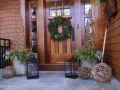 winter-door-scaping-holiday-decorating-grapevine-lights-greens